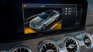 Mercedes-Benz E400 4Matic Cabriolet - Infotainment screen