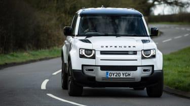 Land Rover Defender 110 P400 SE – quarter