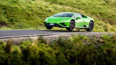 Lamborghini Huracán Evo RWD – jump