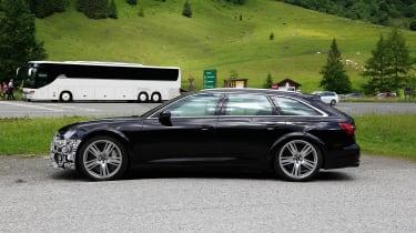 Audi RS6 Avant spy - profile\
