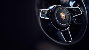 Porsche Cayenne S Diesel - Steering wheel