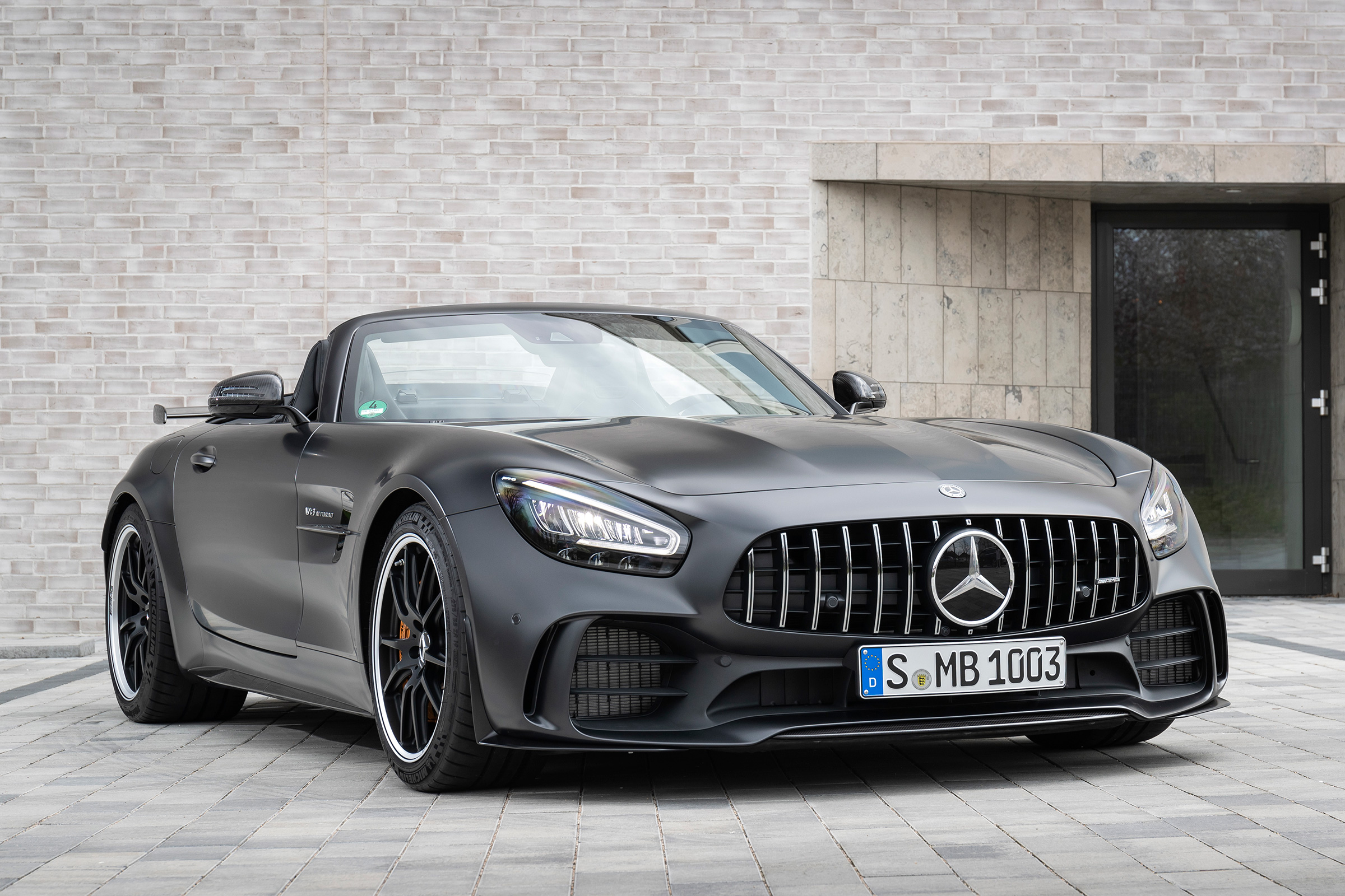 Amg Gt Roadster >> Mercedes Amg Gt R Roadster Priced From 178 675 Evo