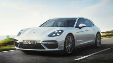 Porsche Panamera Turbo S E-Hybrid Sport Turismo - front quarter