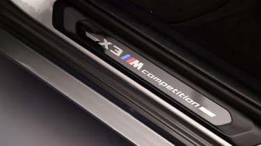 BMW X3 M sill