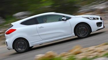 Kia Proceed GT white side profile