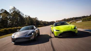Aston Martin Vantage - pair tracking 1