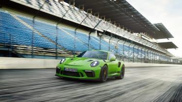 Porsche 911 GT3 RS - front quarter