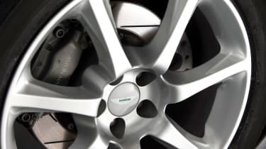 Aston Martin V12 Vanquish wheel