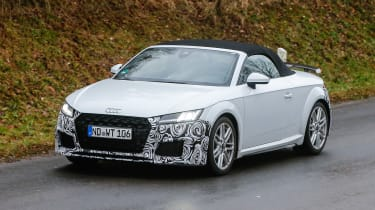Audi TT spy - roadster front quarter