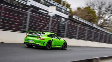 Porsche 911 GT3 RS 991.2 - driving