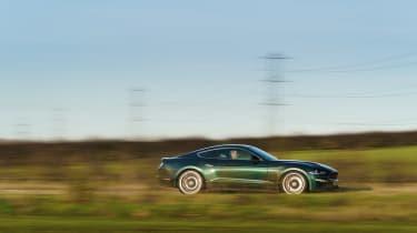 Ford Mustang Steve McQueen Bullitt Edition – pan