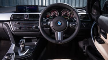 BMW 330d xDrive interior