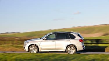 BMW X5 40e - side