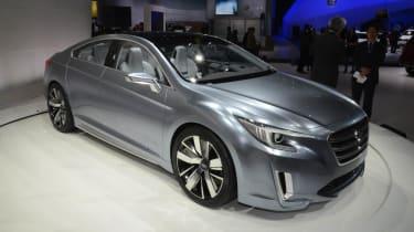 Subaru Legacy Concept silver