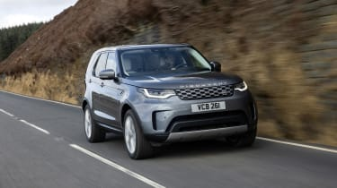 Land Rover Discovery 5 2021 - front quarter