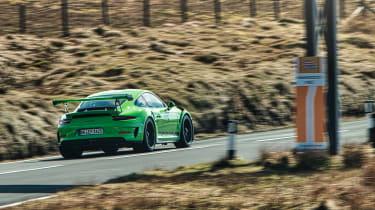 Porsche 911 GT3 RS 991.2 - distance\