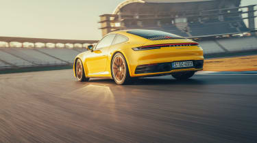 992 Porsche 911 Carrera S review - rear tracking
