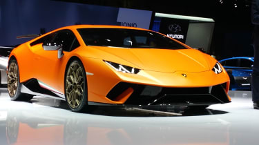 Lamborghini Huracan Performante Geneva front three quarter