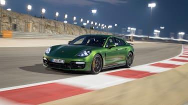 Porsche Panamera GTS - rumpble