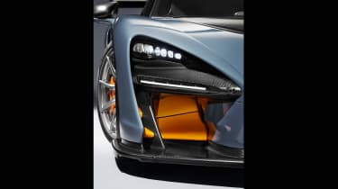 McLaren Senna – headlights