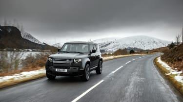 Land Rover Defender V8 MY22 - 90 tracking