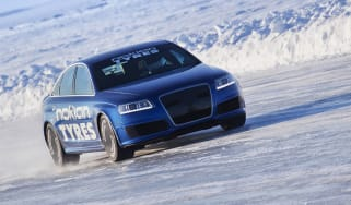 Audi RS6 breaks Bentley's ice speed record