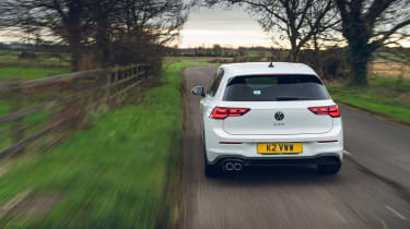 Volkswagen Golf GTD 2021 review - rear tracking