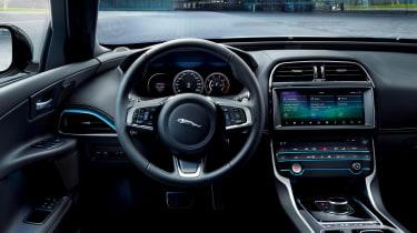 Jaguar XE Landmark - interior