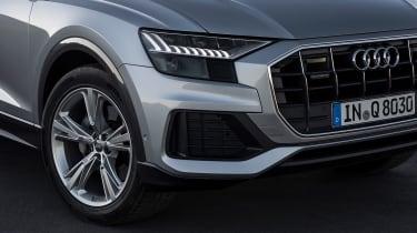 Audi Q8 – headlights