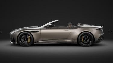 Aston Martin MY22 – DBS profile