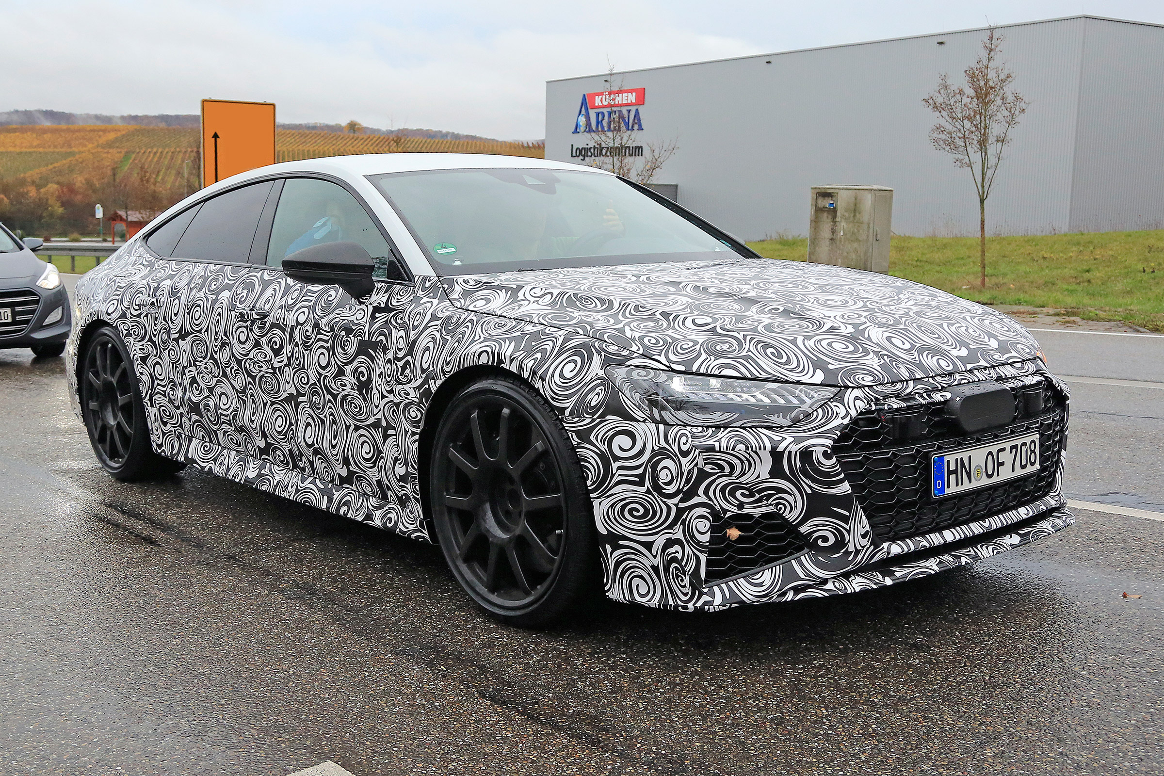 2019 Audi RS7 spied with production body – 700bhp hatch to