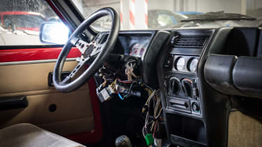 Renault 5 Turbo 2 Evolution Type 8221 – interior