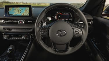 Toyota Supra 2.0 review - dash
