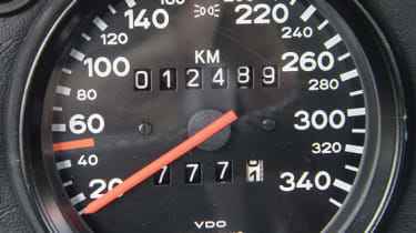 Porsche 959 - Dial