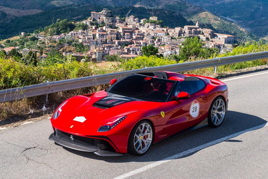 Ferrari F12 Berlinetta review (2012-2017) | Evo