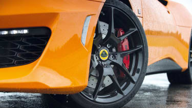 Lotus Evora 400 - wheel