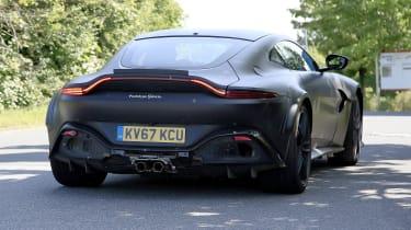 Aston Martin Vantage mule – 15