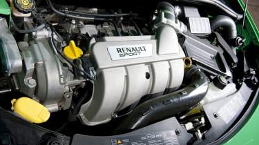 Renaultsport Clio 200 Cup engine
