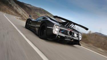 Video: Pagani Zonda 760RS driven