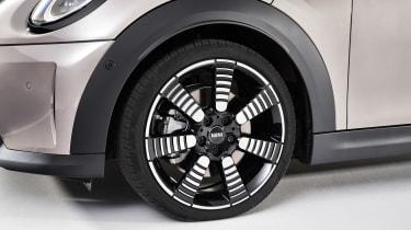 Mini Cooper S 2021 - wheels