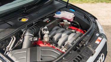 Audi RS4 Avant (B7) – engine
