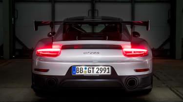 Porsche 911 GT2 RS - 991.2 rear lights
