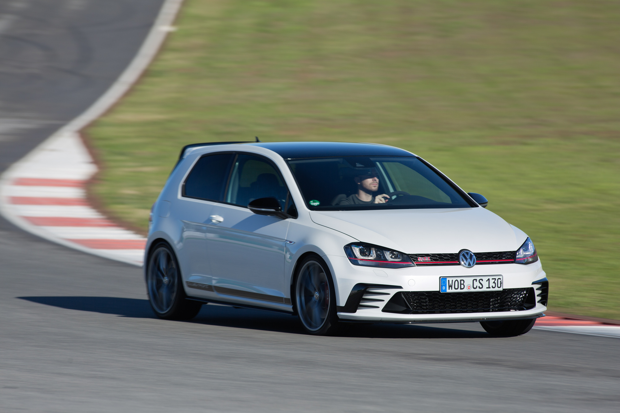 Volkswagen Golf Gti Clubsport Review Prices Specs And 0 60 Time Evo