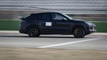 Porsche Cayenne Coupe Turbo S - proto side