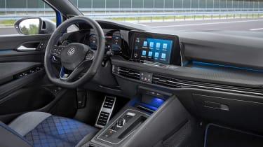 Mk8 Volkswagen Golf R – interior