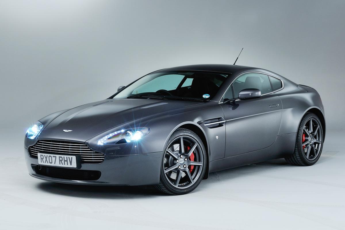 Aston Martin V8 Vantage Evo