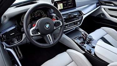 BMW M5 review - wheel