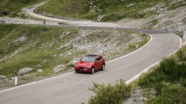 Alfa Romeo Stelvio (front) on the Stelvio Pass