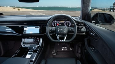 Audi SQ8 TFSI 2021 – dash