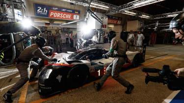 Le Mans 2017 - Porsche 919 pit